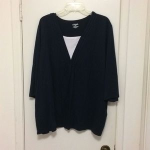 Navy blue tee w/3/4 sleeves & white inset